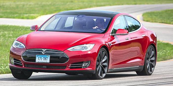 Tesla activates second-gen Autopilot features, with a catch